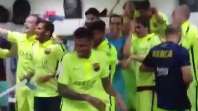 Celebracja Barcy z szatni Atletico