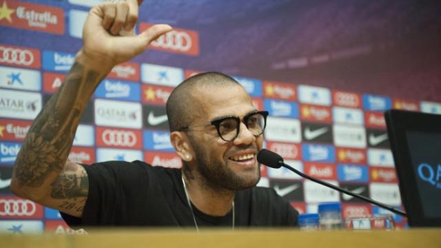 """Alves: """"Każdy chciał, bym został"""""""