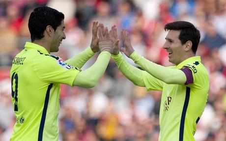 LM: 5 bramek Barcy w TOP10