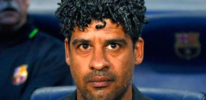Rijkaard: Chciałbym trenować Barcę