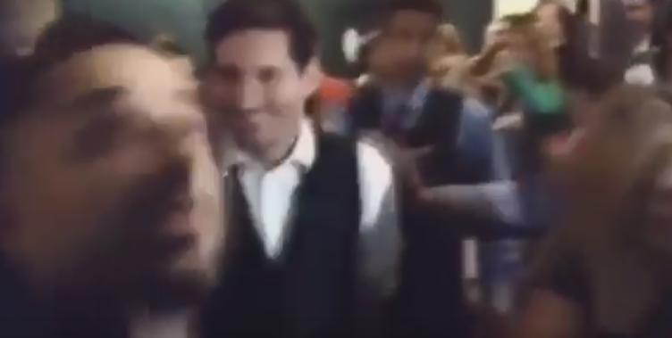 Messi na spektaklu w teatrze
