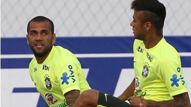 Neymar i Alves powołani do kadry