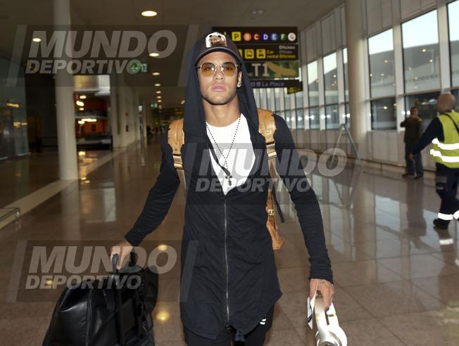 Alves i Neymar w kadrze Brazylii