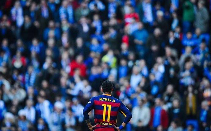 Neymar ofiarą rasizmu