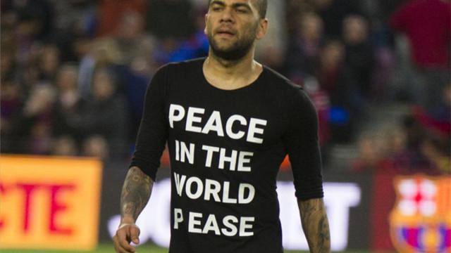 Alves prosi o pokój na świecie