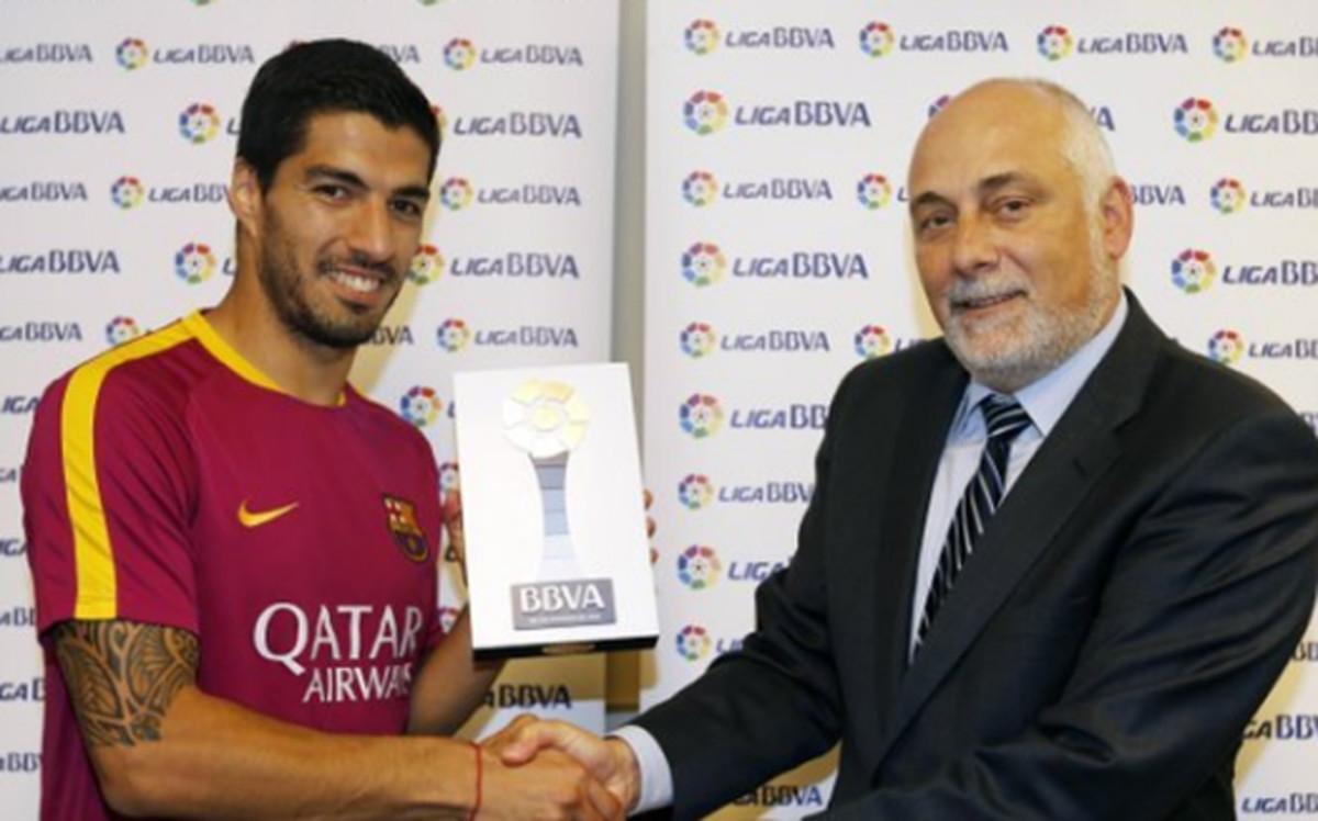 Suarez i Enrique z nagrodami LFP