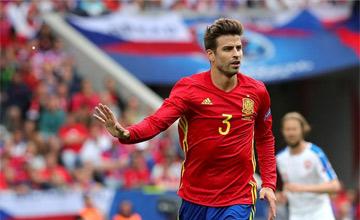 Pique daje Hiszpanii wygraną