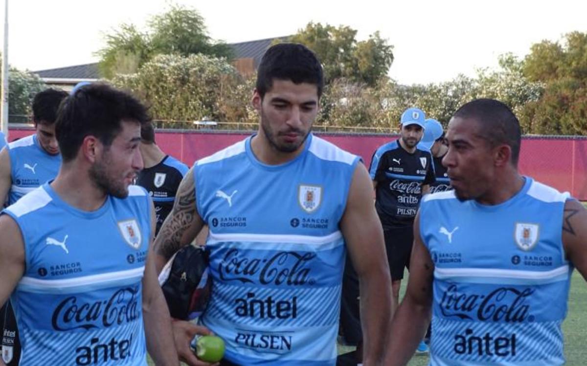 Suarez wznawia lekkie treningi