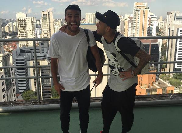 Rafinha i Neymar już w Brazylii