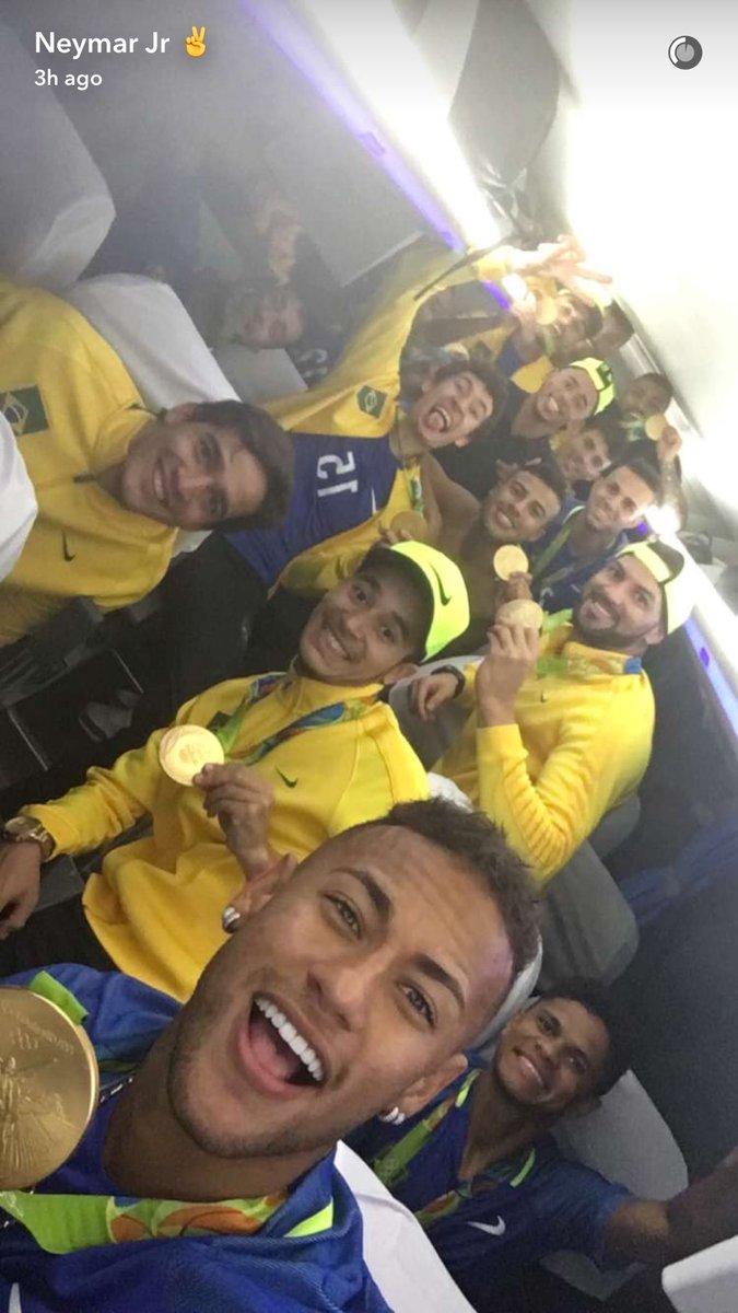 Neymar uczcił złoto tatuażem