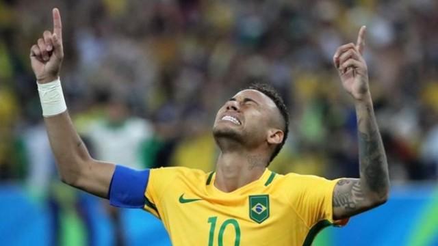 Neymar zostanie w Brazylii do 7.09