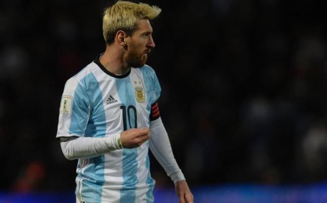 Messi wraca z kadry z urazem