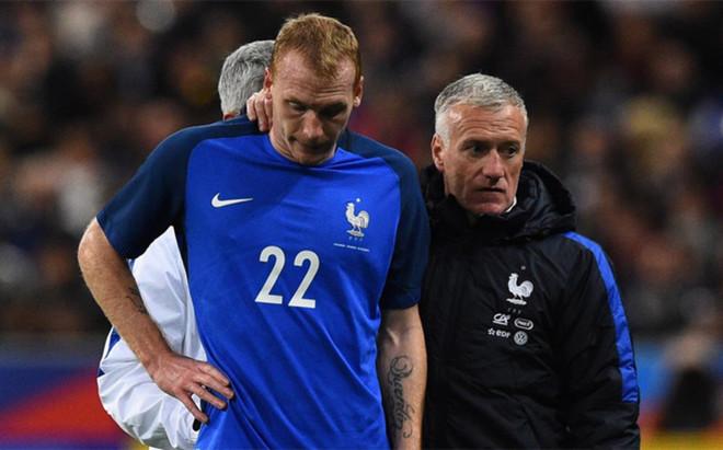 Mathieu wyrzucony z kadry