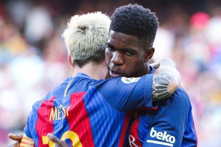 Messi i Umtiti trenują na murawie