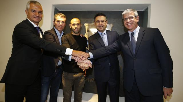 Mascherano podpisał kontrakt