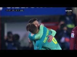 Pierwszy gol Denisa dla Barcy