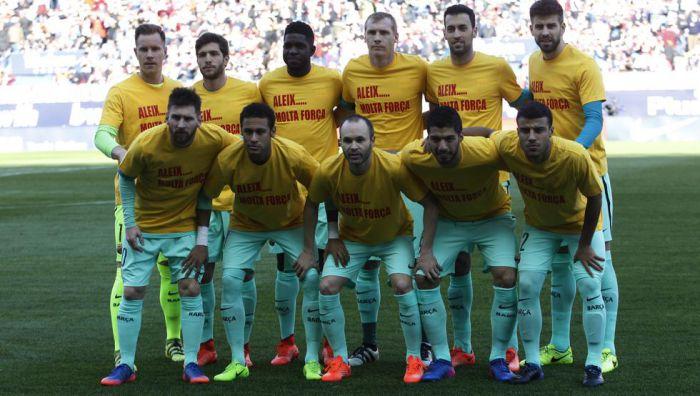 Wsparcie piłkarzy dla Vidala
