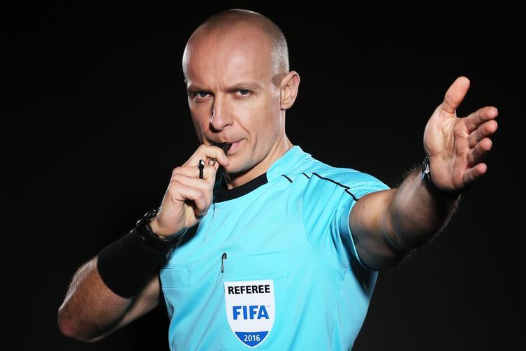 Polski sędzia w meczu z PSG