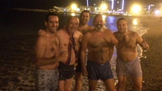 Gaspart znowu wykąpał się w morzu
