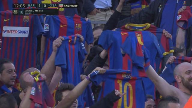 Camp Nou powtórzyło gest Leo