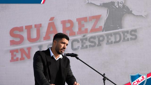 Suarez uhonorowany przez Nacional