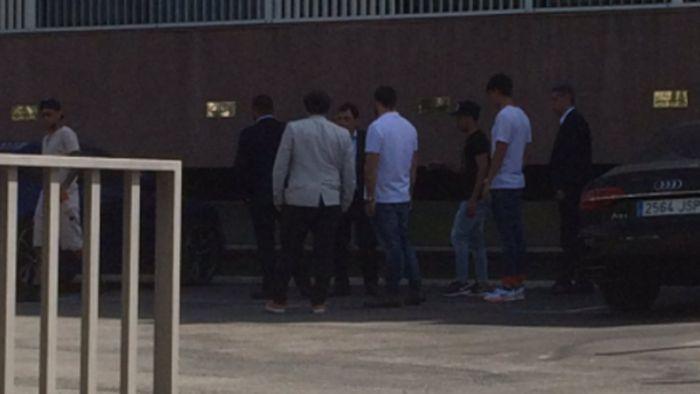 Neymar spotkał się z Bartomeu