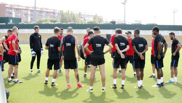Piłkarze rozjechali się na zgrupowania