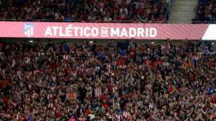 Mecz w Madrycie bez fanów Barcy