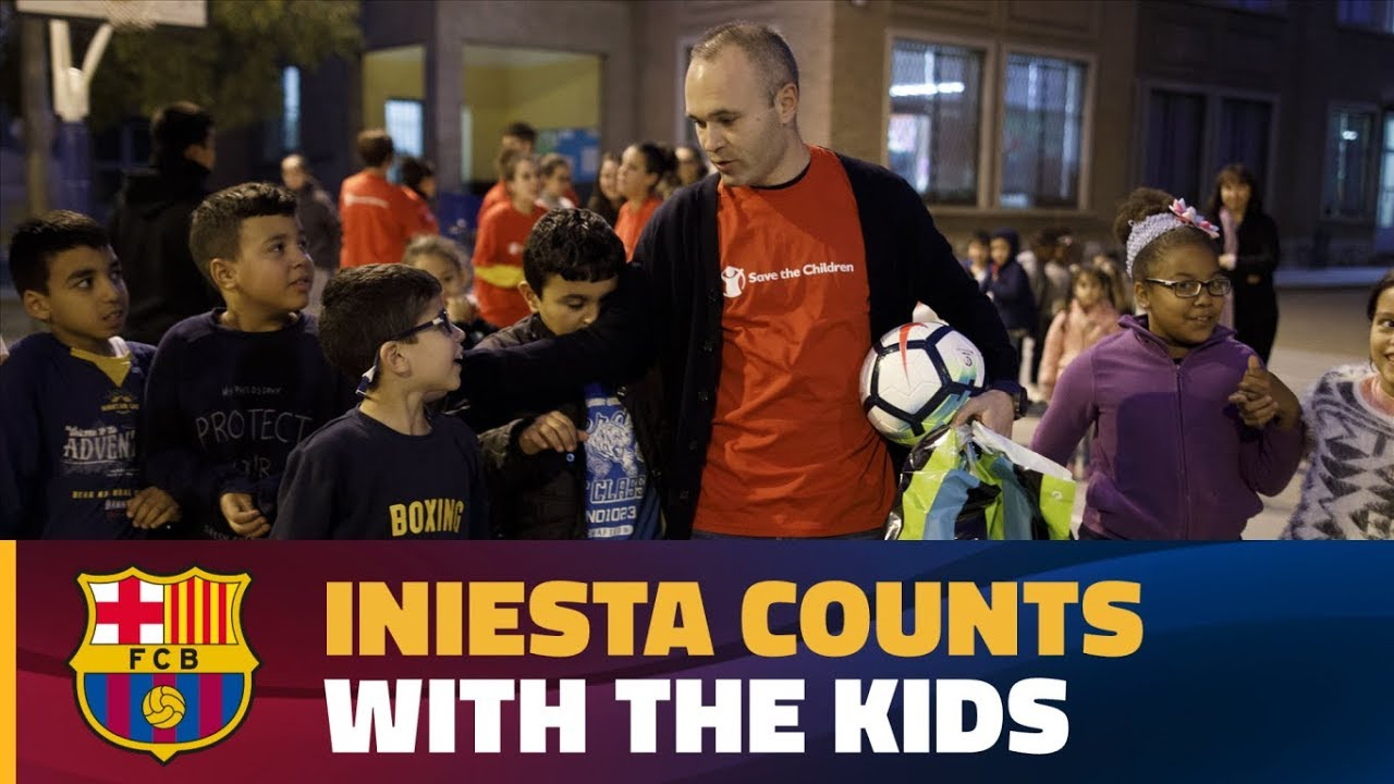 "Iniesta wspiera ""Save the Children"""