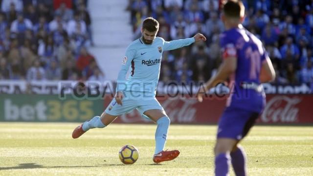 Pique nie zagra z Valencią