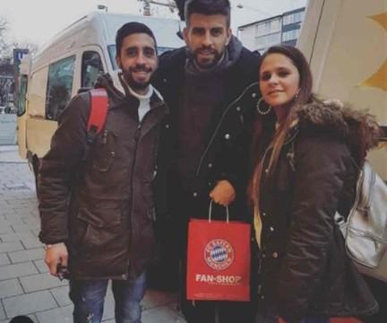 Pique z wizytą w Monachium