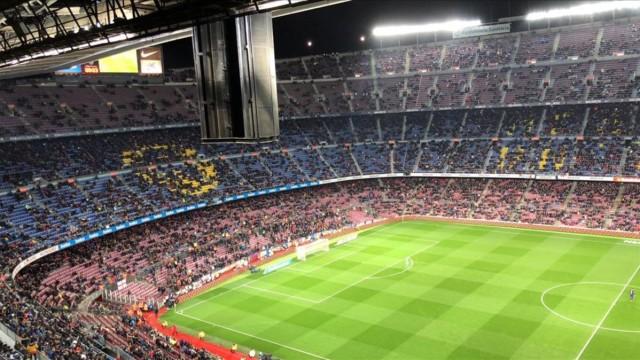 Bardzo słaba frekwencja na Camp Nou